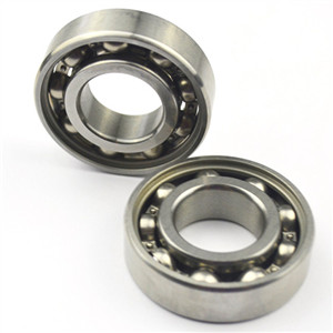 Spacer ring function for abec 7 chrome bearings
